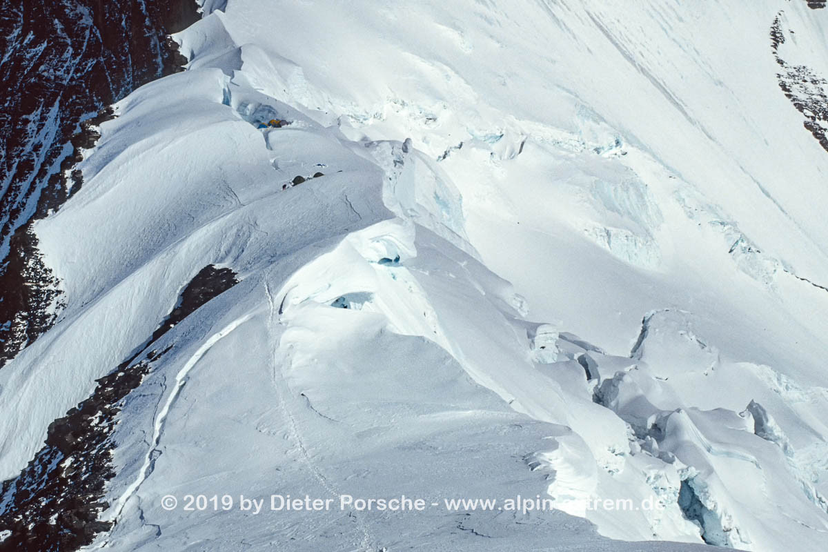 19920511_Mount_Everest_Nord_091