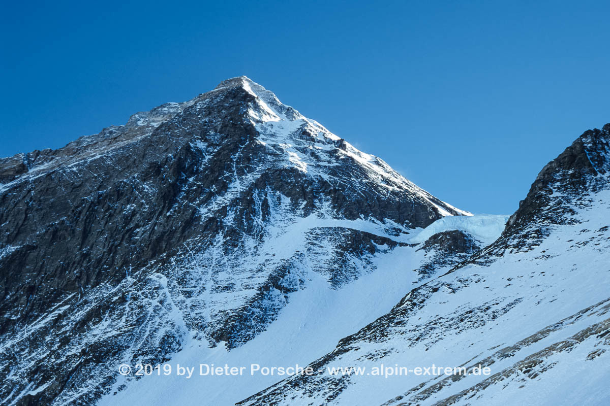 20010521_Mount_Everest_160
